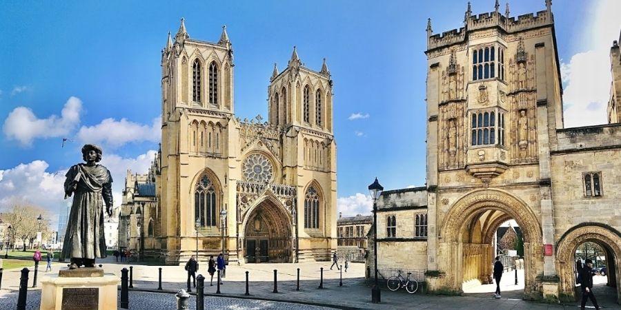 Ciudades de Inglaterra Catedral de Brístol, iglesia anglicana fundada en el año 1140