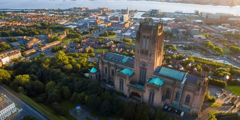 Inglés en Liverpool Reino Unido y disfrutar al mismo tiempo de su mágica ciudad