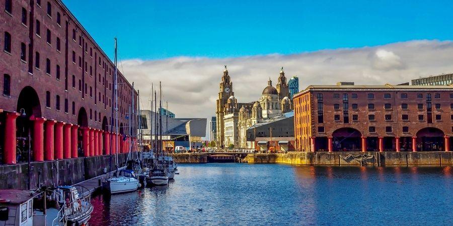 Ciudad de Liverpool, vista de los muelles