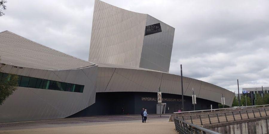 Museo de Guerra Imperial del Norte, uno de las ciudades de inglaterra más destacadas de Manchester