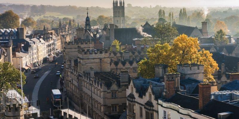 Realiza un curso de ingles en Oxford y visita los sitios emblematicos de la ciudad